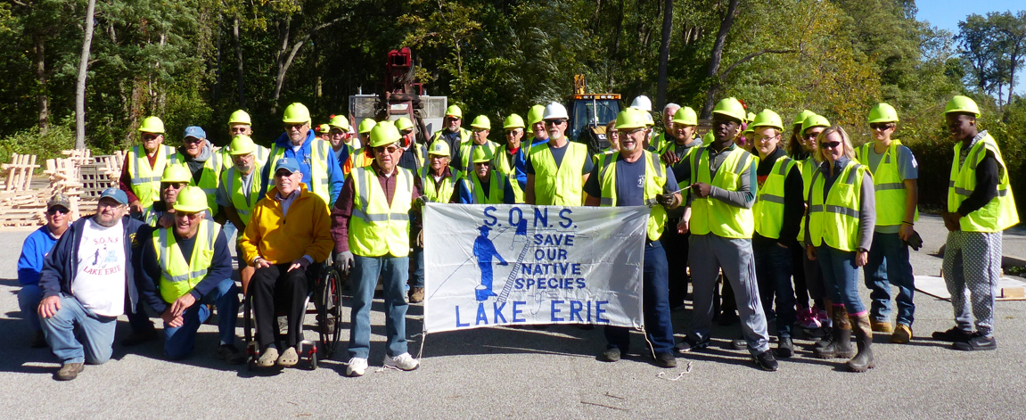 Volunteers with SONS of Lake Erie