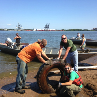 clean up event along delaware river