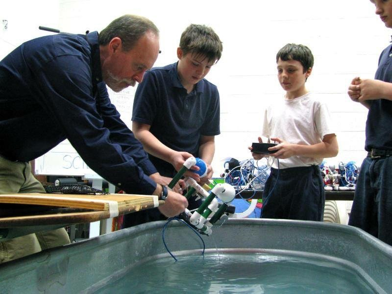 Robotics class test out submersible unit